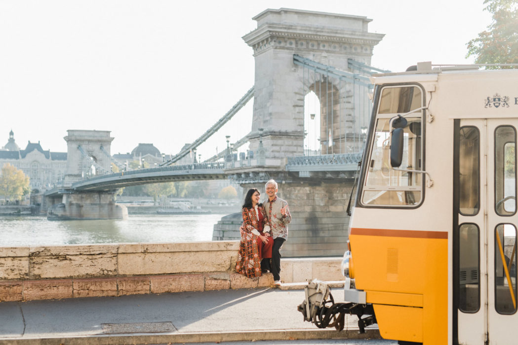 elderly couple photoshoot in budapest